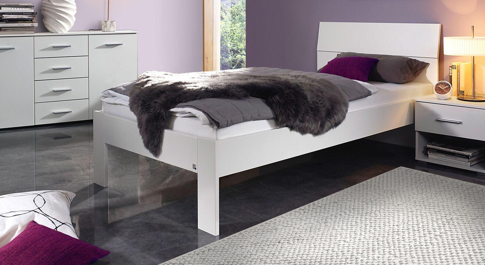Bett Leilani schlicht in weiß