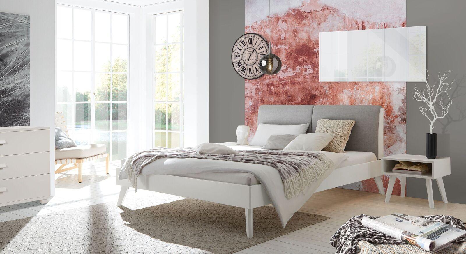 Bett Liberia mit passenden Schlafzimmer-Möbeln