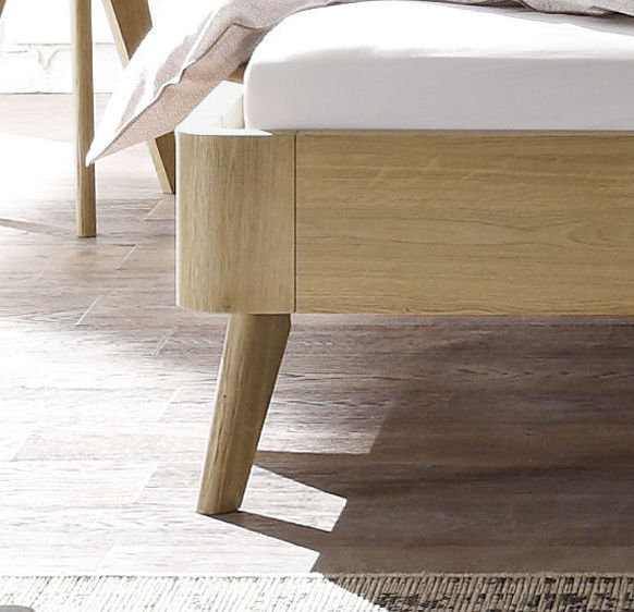 Holzbett design  Holzbett ohne Kopfteil Eiche massiv 60er-Jahre-Design - Rakaia