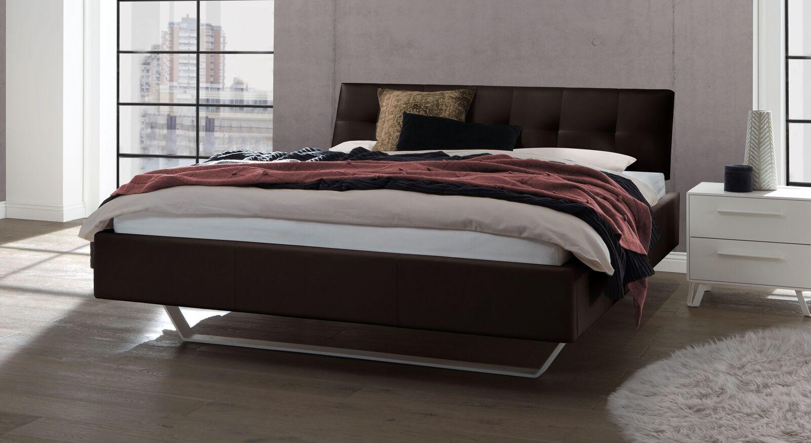 Bett Liene aus Echtleder in Dunkelbraun