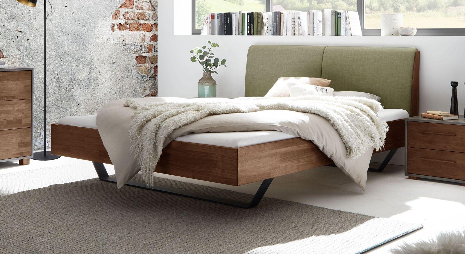 Extravagantes Design-Bett Locurio