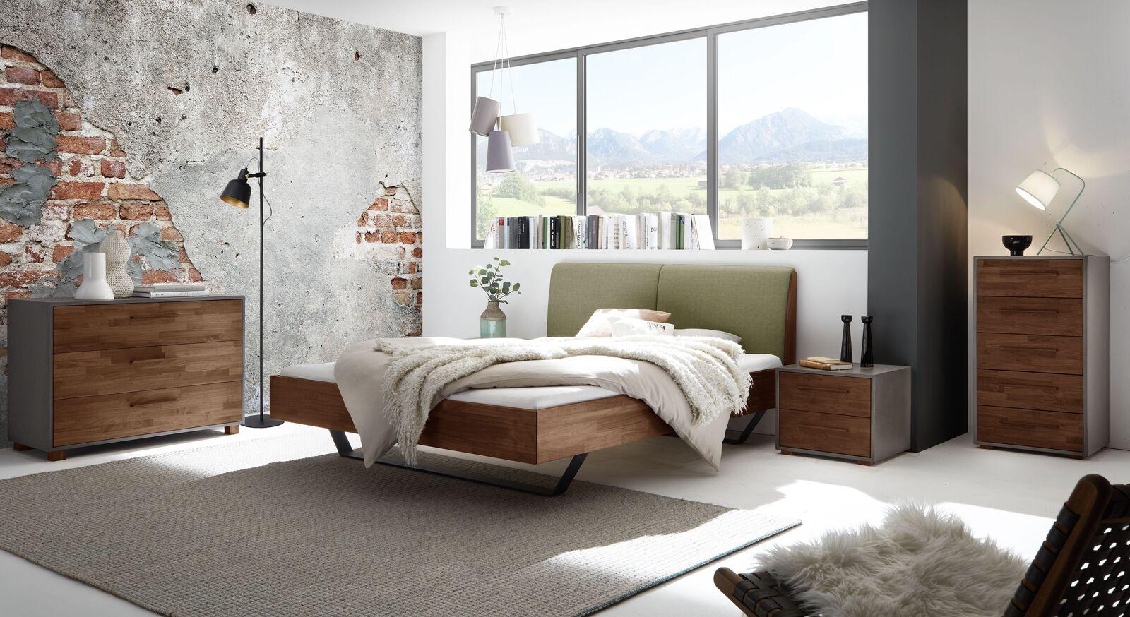 Bett Locurio mit passenden Beimöbeln fürs Schlafzimmer
