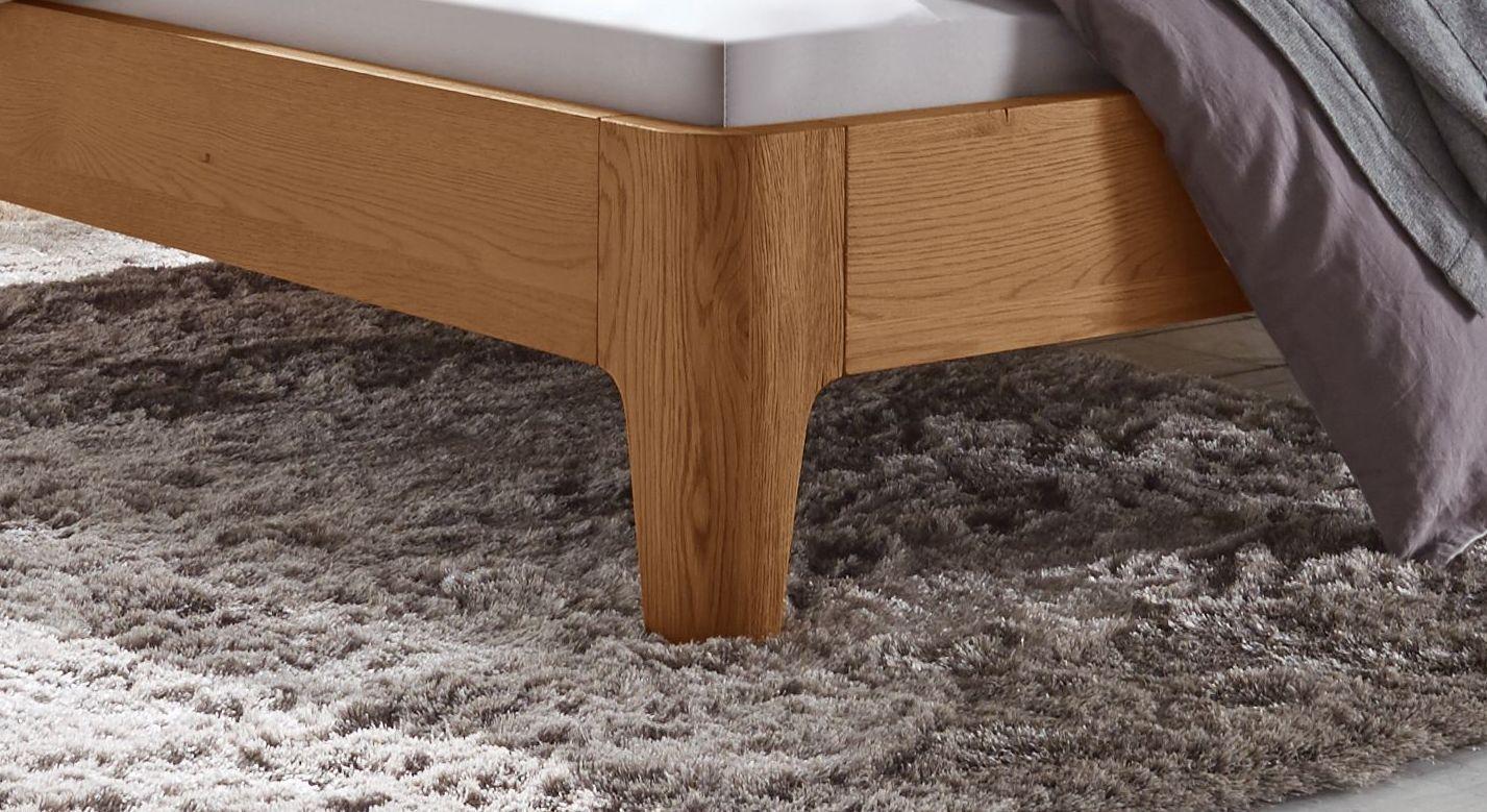 Massives Doppelbett oder Einzelbett Lugo aus Eichenholz