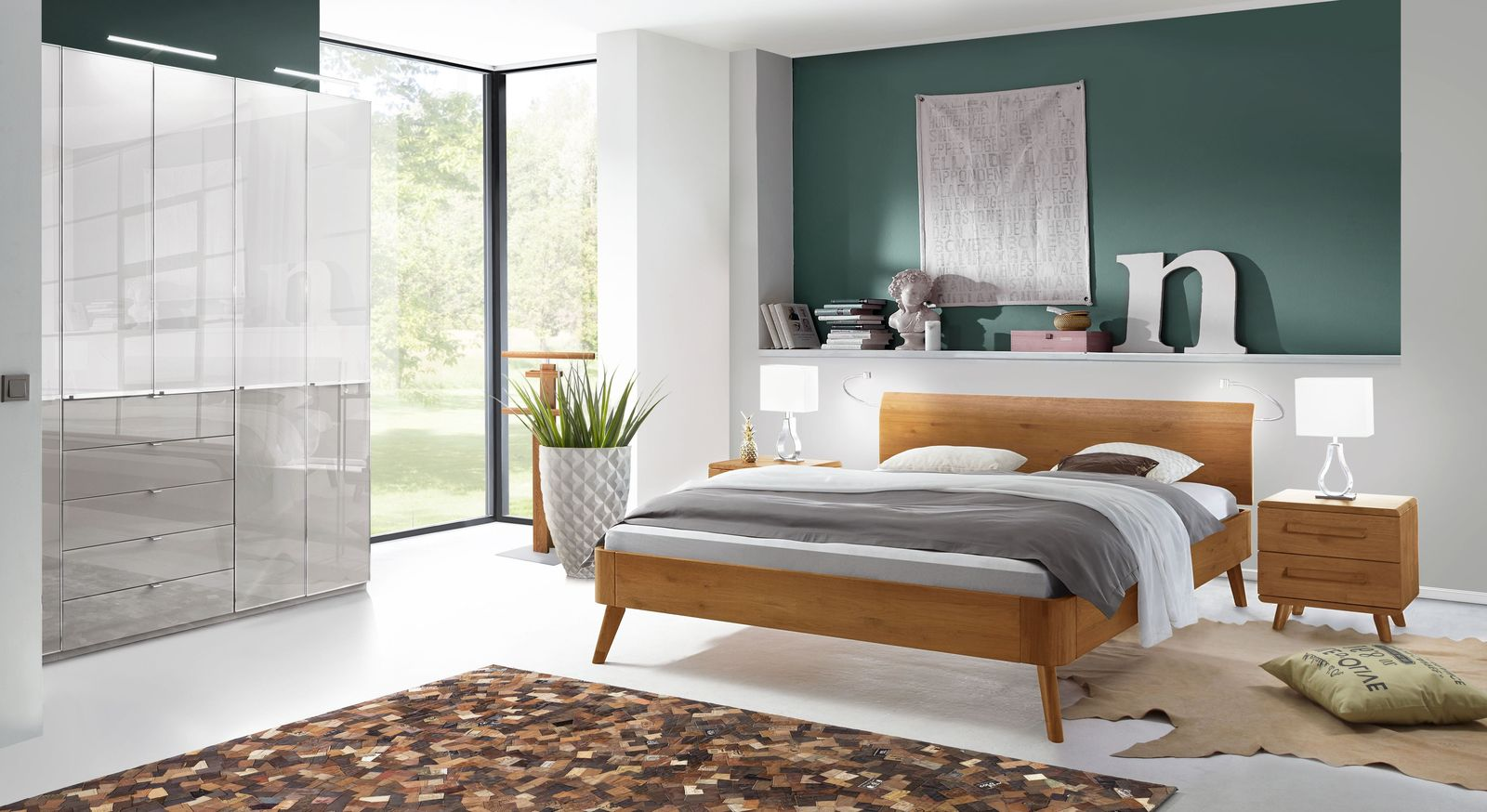 Bett Manouba mit passenden Schlafzimmermöbeln
