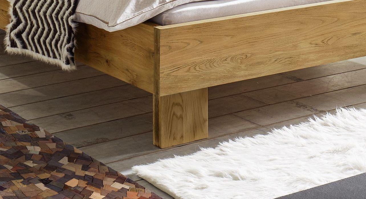 Bett Maraba mit Massivholz-Füßen
