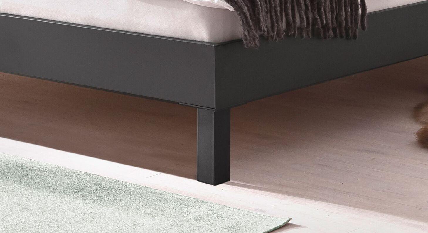 Bett Mauno mit stabilen Blockfüßen