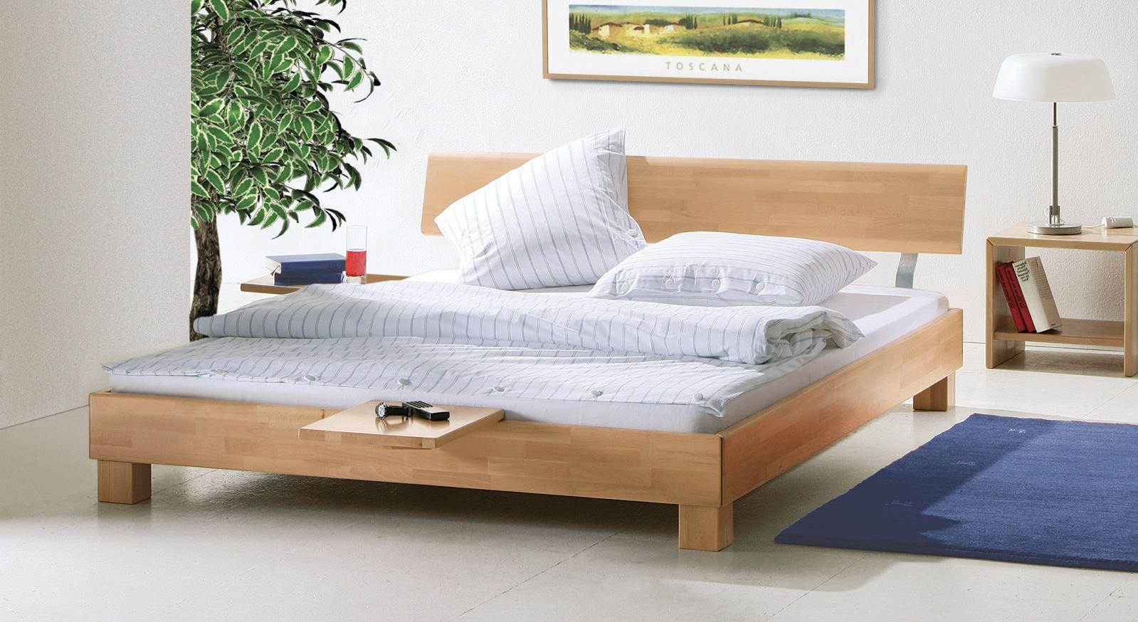 Bett Monza aus Buche