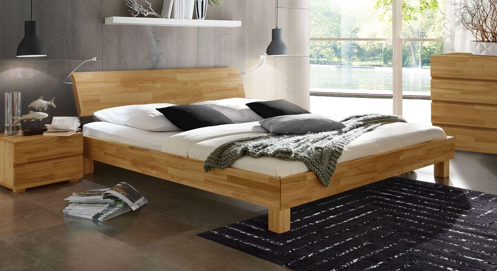 Niedriges Bett Monza in Futonhöhe