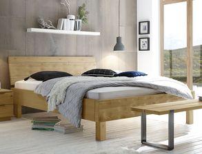 Massives Bett Mossa Aus Hellem Eichenholz