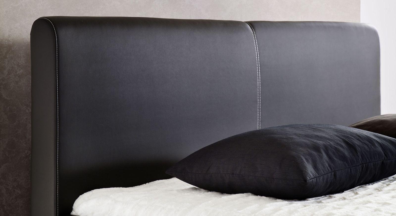 Modernes Bett Nulato mit Ziernaht am Kopfteil