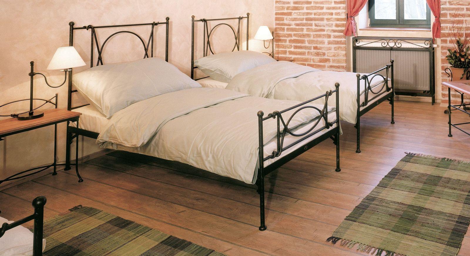 Eisenbett Ordino in Einzelbettgröße