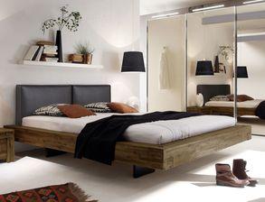 balkenbetten mit 160x200 cm liegefl che aus massivem holz. Black Bedroom Furniture Sets. Home Design Ideas