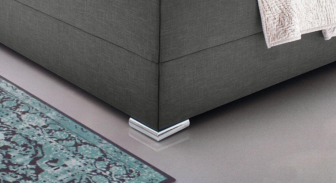 Modernes Bett Perryville mit angesagten Chromfüßen