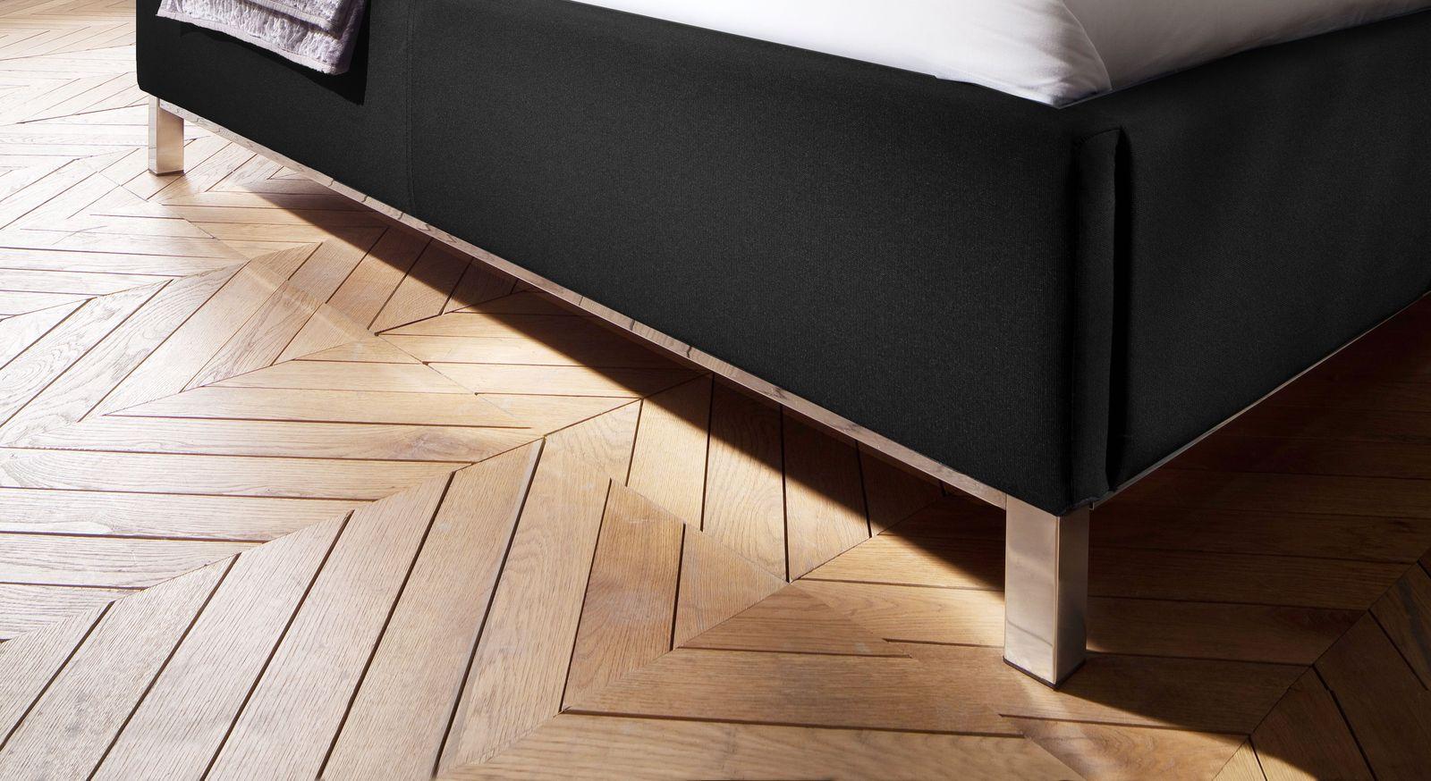 Bett Pertuso mit Bettbeinen und Unterleisten aus Metall