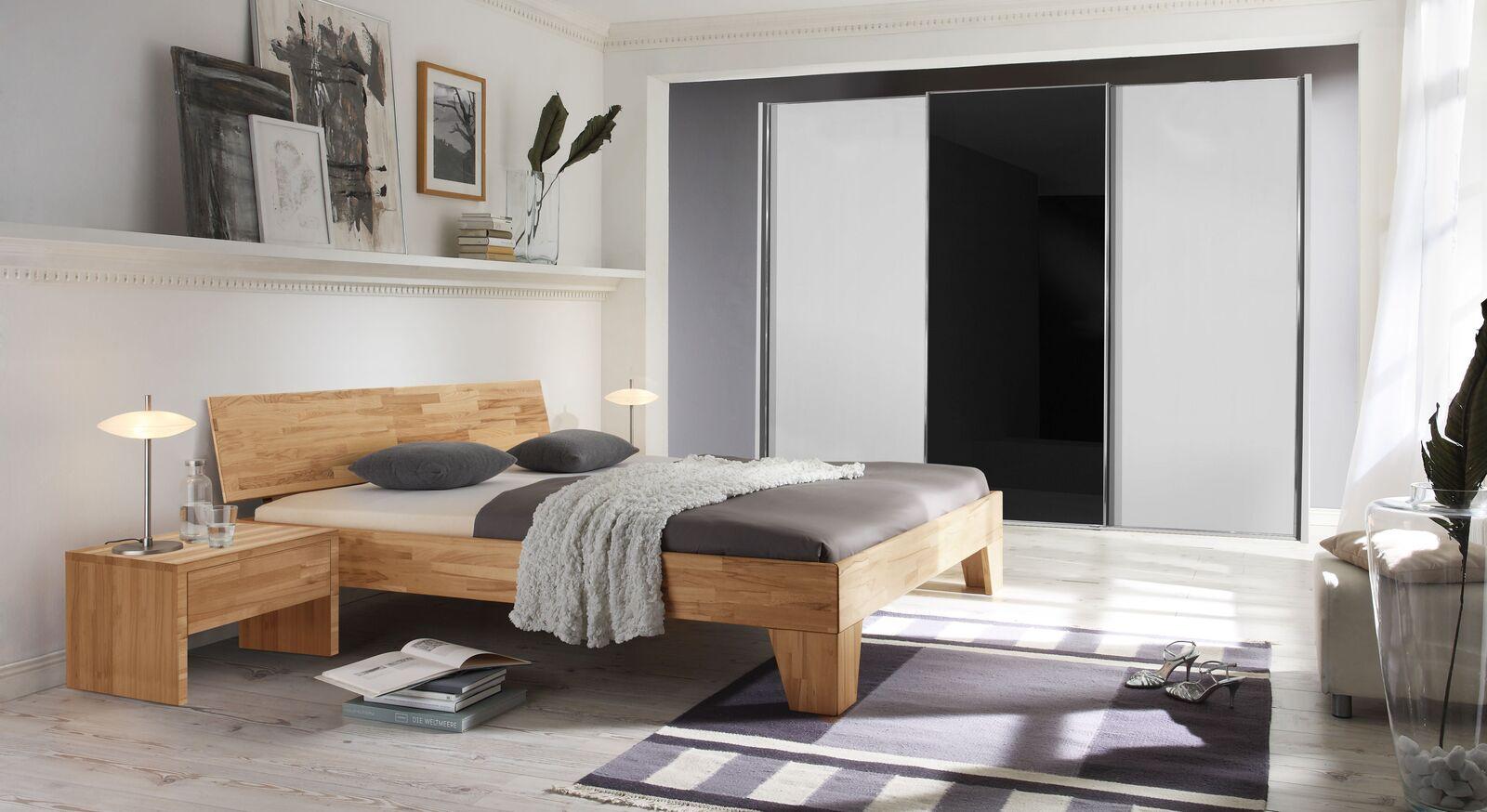 Passende Schlafzimmermöbel zum Bett Pimona