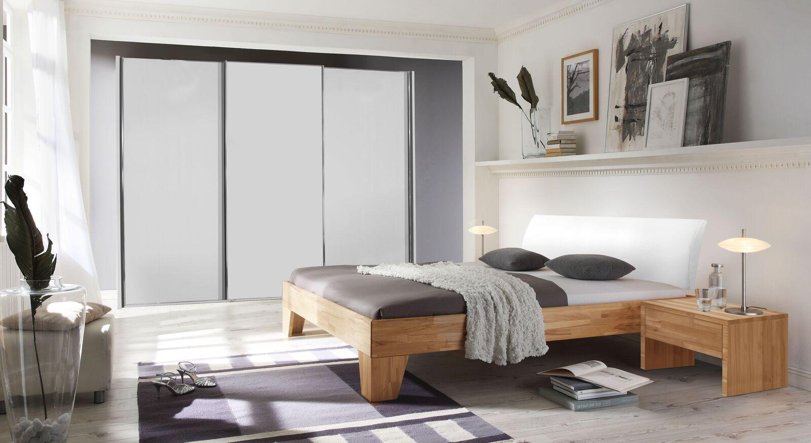 Bett Raijka mit passender Schlafzimmereinrichtung