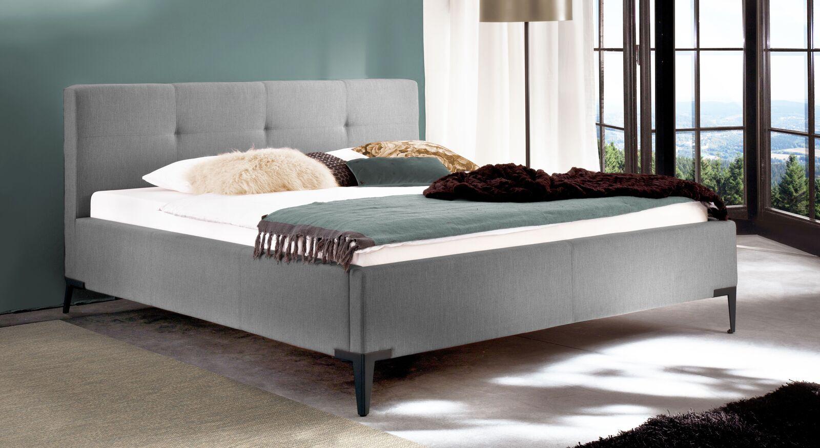 Bett Raritan aus Webstoff in Grau