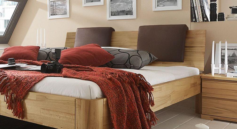 Bett Rodari mit optionalen Einsteck-Kissen