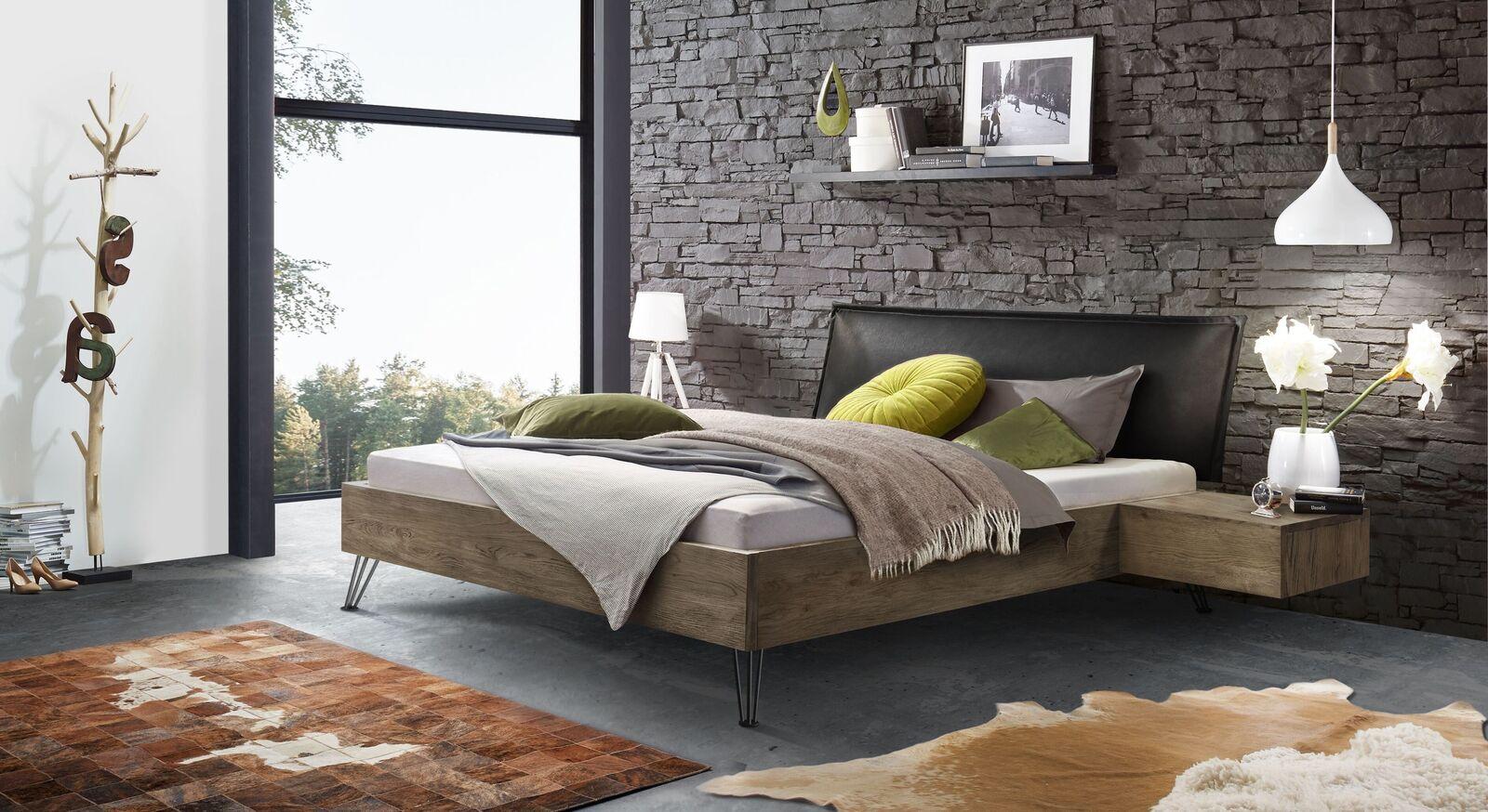 Bett Silandro mit passendem Nachttisch Quesada