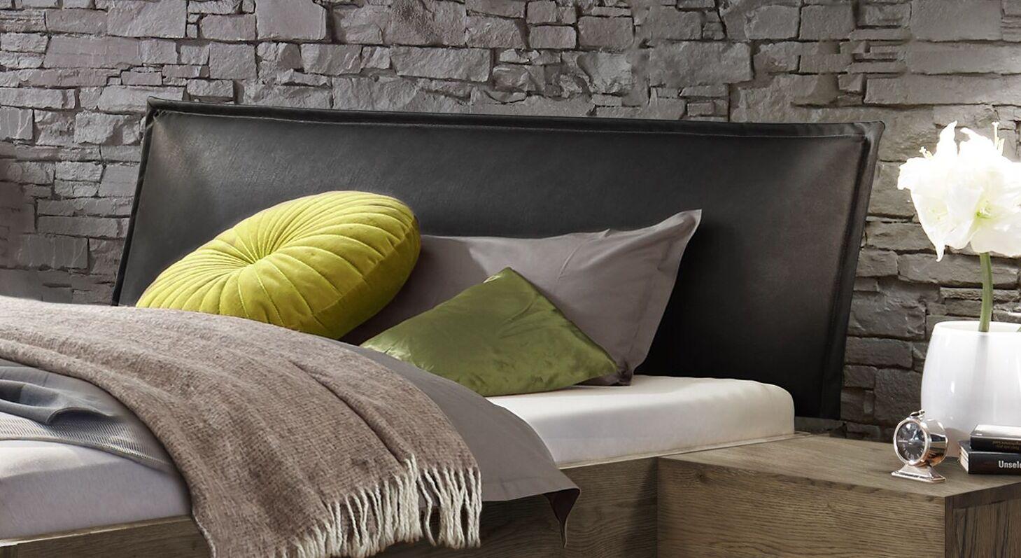 Bett Silandro mit schwarzem Polsterkopfteil