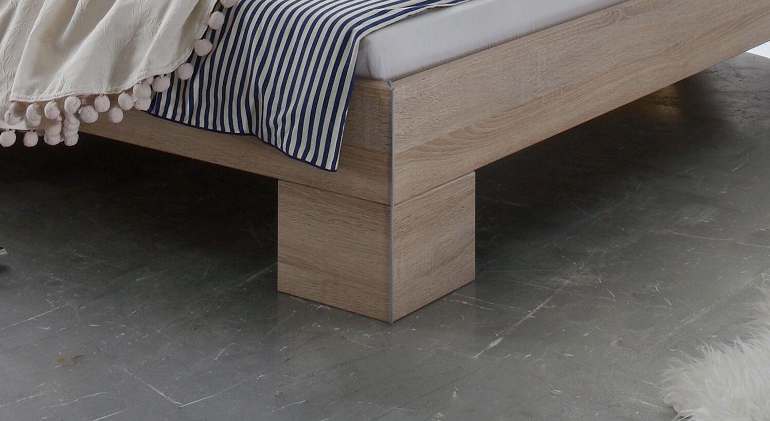 Bett Stephenville mit robusten Winkelblockfüßen