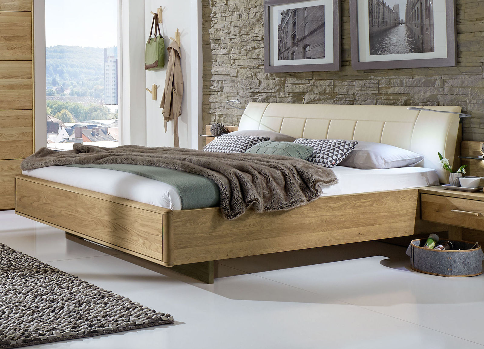 doppelbett schwebend mit gepolstertem kunstleder kopfteil temir. Black Bedroom Furniture Sets. Home Design Ideas