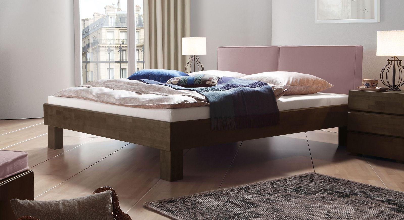Wengefarbenes Bett Tiago mit rosefarbenem Kopfteil