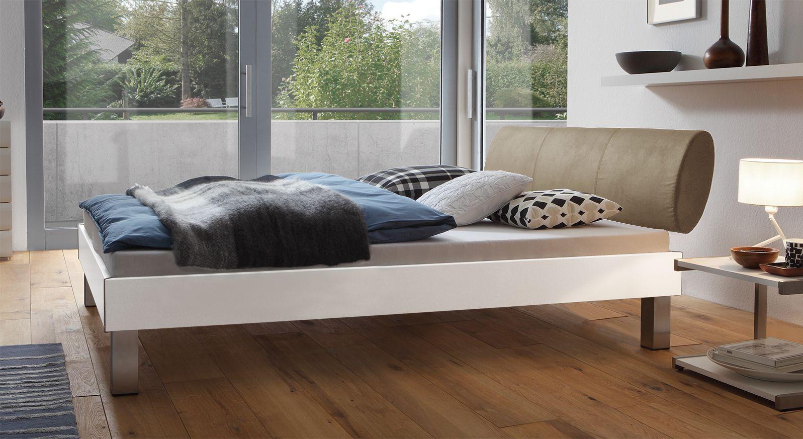 Designerbett Trani in Weiß mit einer Fußhöhe von 20cm