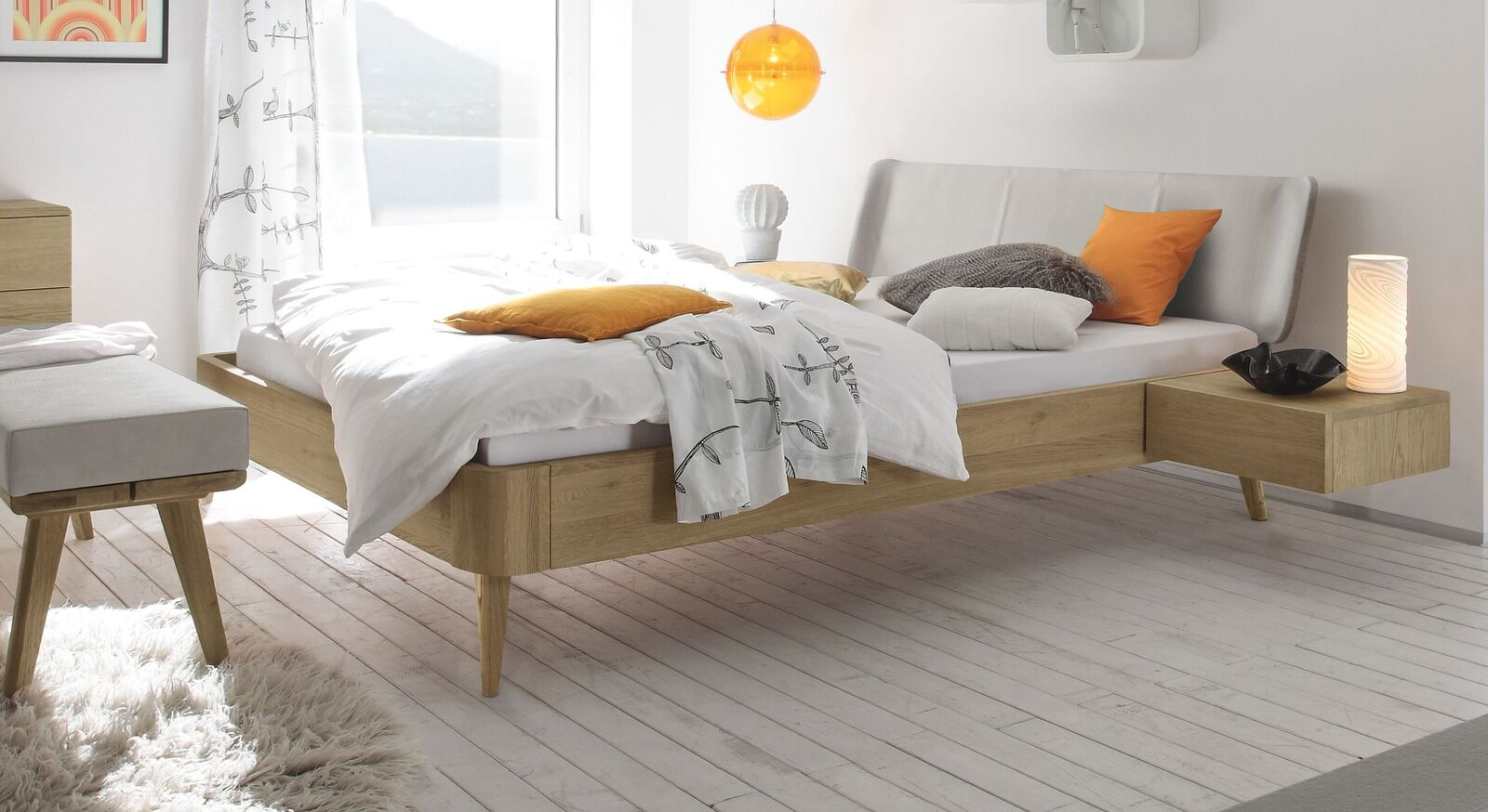 Modernes Bett Valente mit Echtleder-Kopfteil
