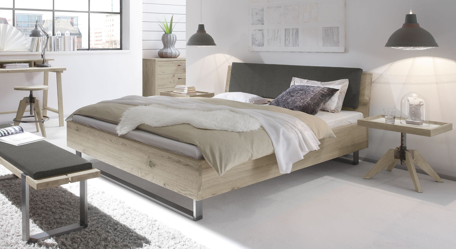 Rustikales Bett Valletta aus weißer Wildeiche