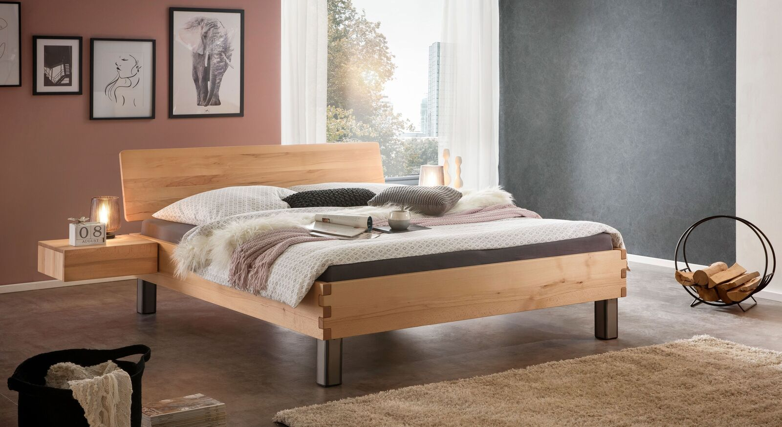 Bett Valmar mit passendem Nachttisch