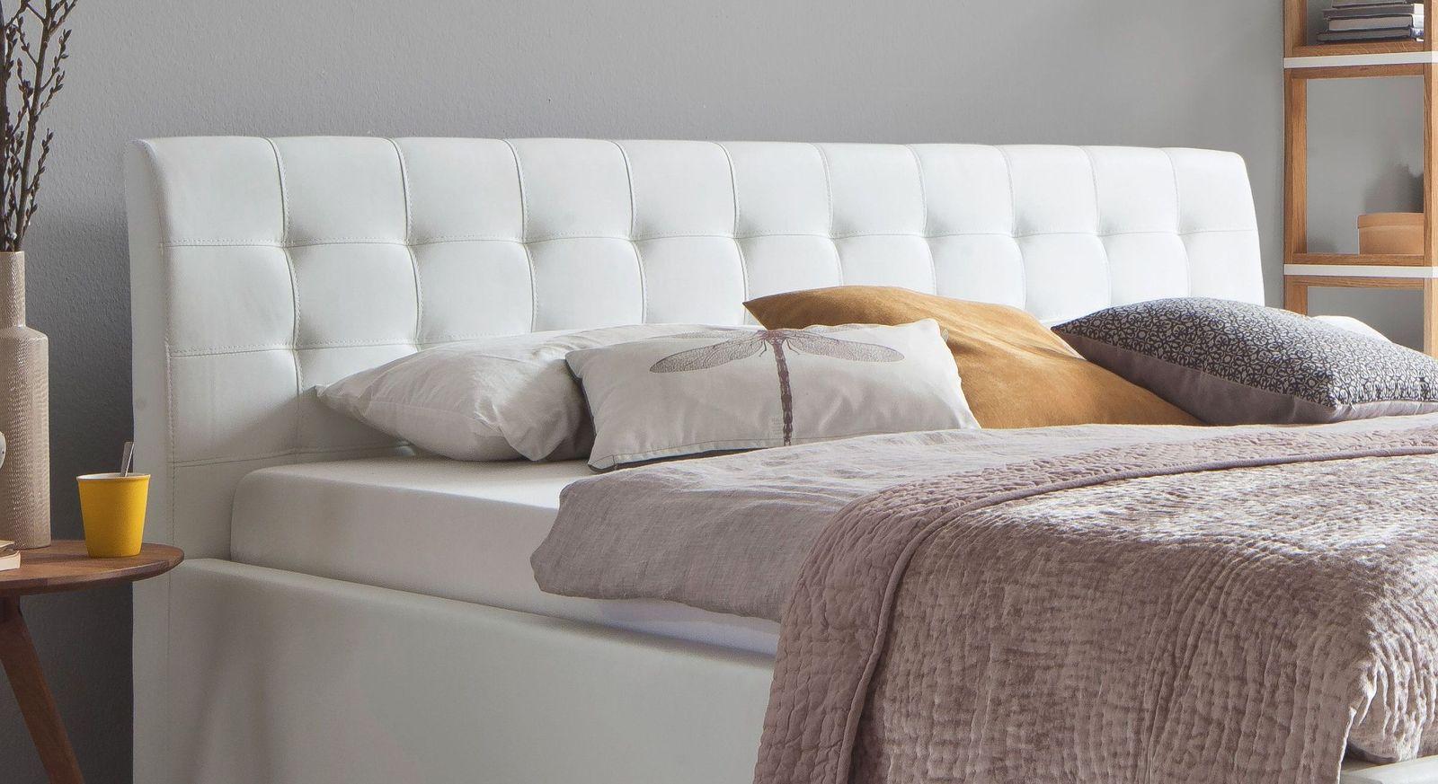 Bett Varmo mit weich gepolstertem Kopfteil