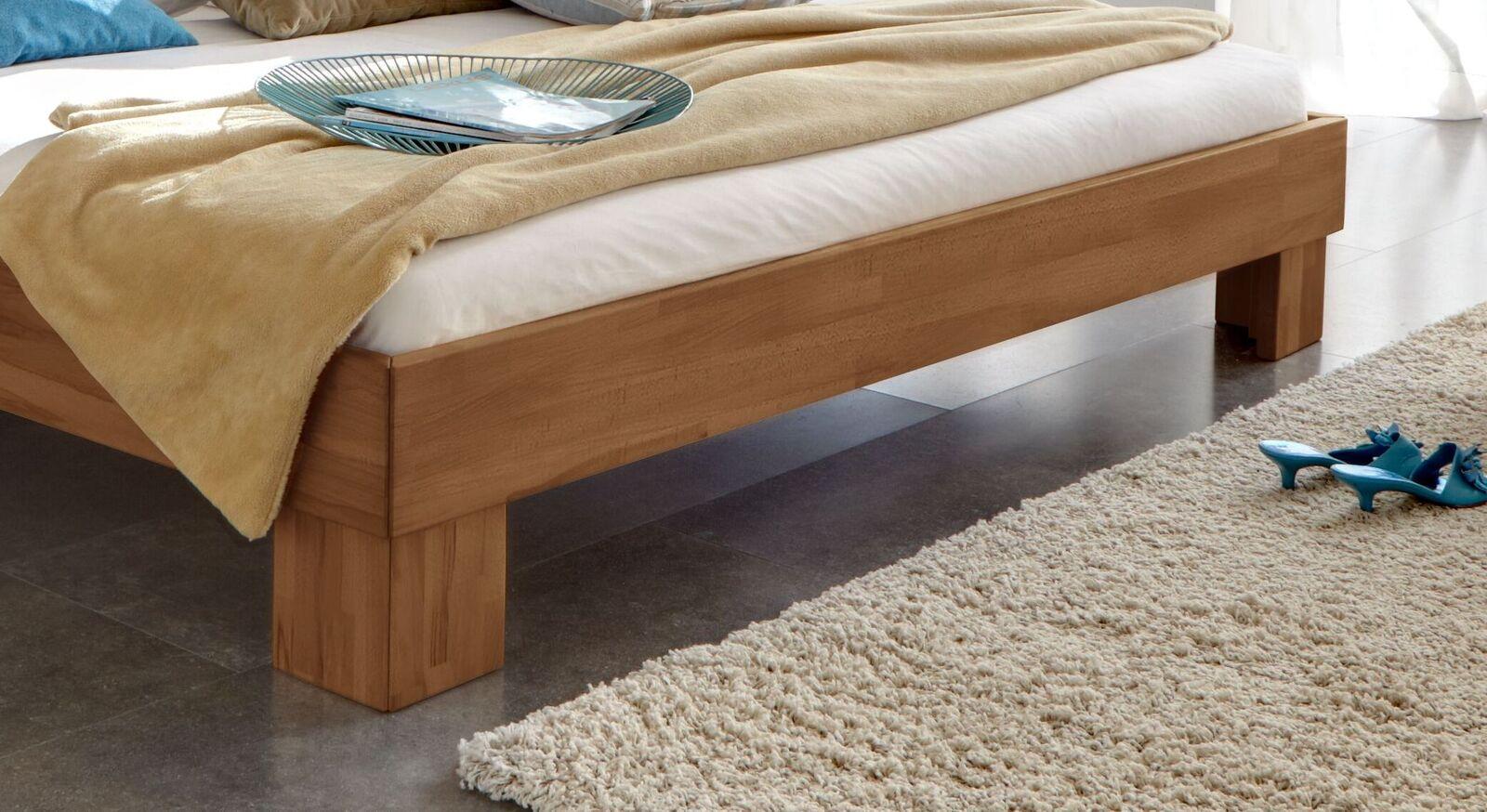 Bett Wood Romance mit stabilen Winkelfüßen