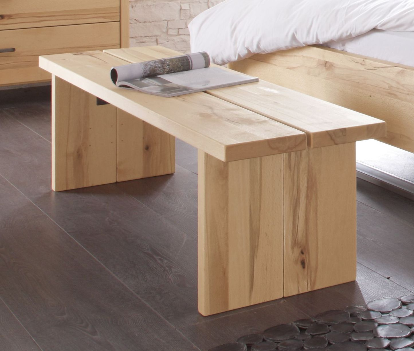schlafzimmer bank aus wildbuche nemea. Black Bedroom Furniture Sets. Home Design Ideas