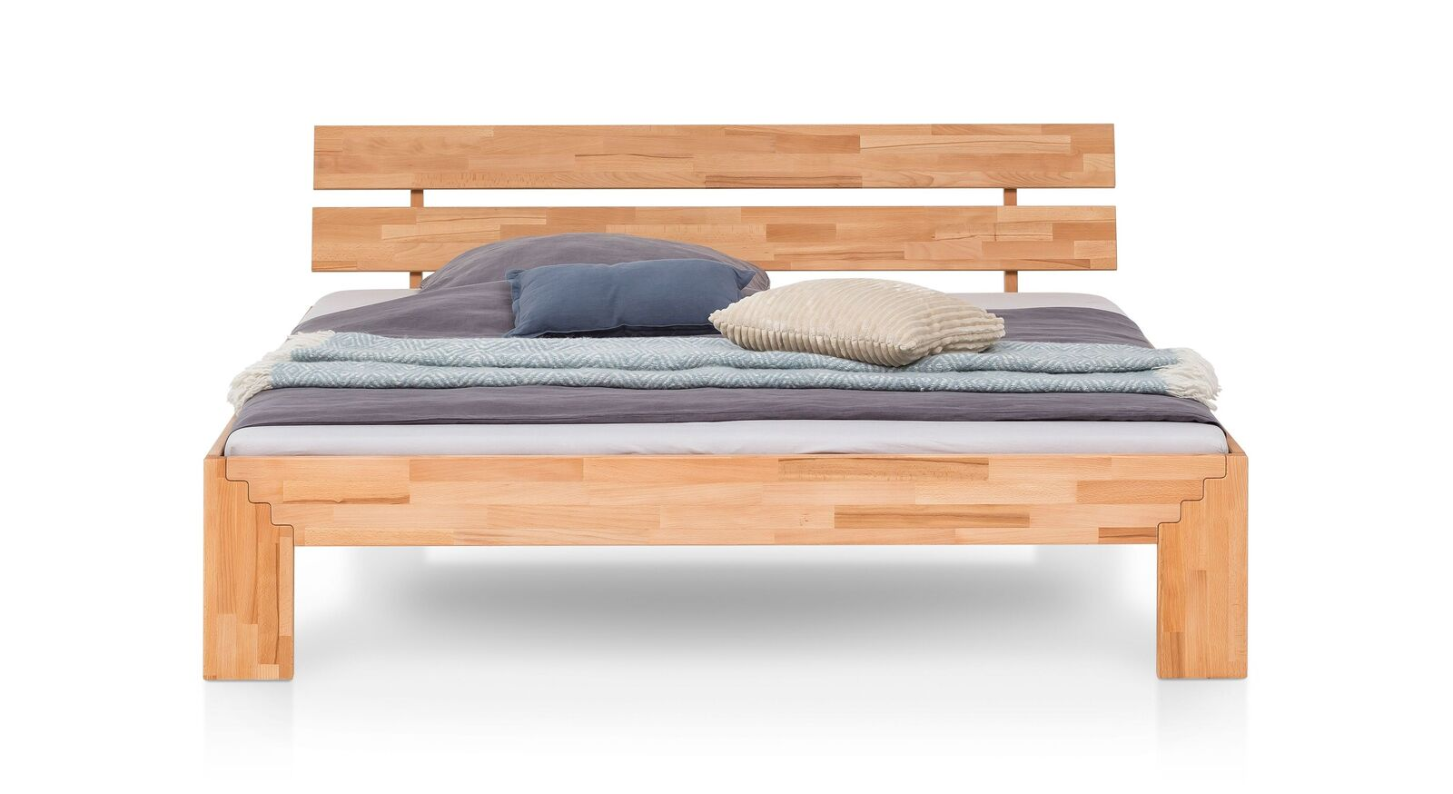 Bettgestell Oslin aus gemasertem Holz