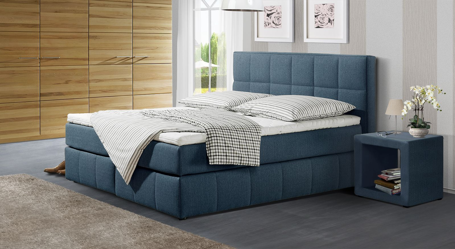 Boxspringbett Belfort in blauem Webstoff