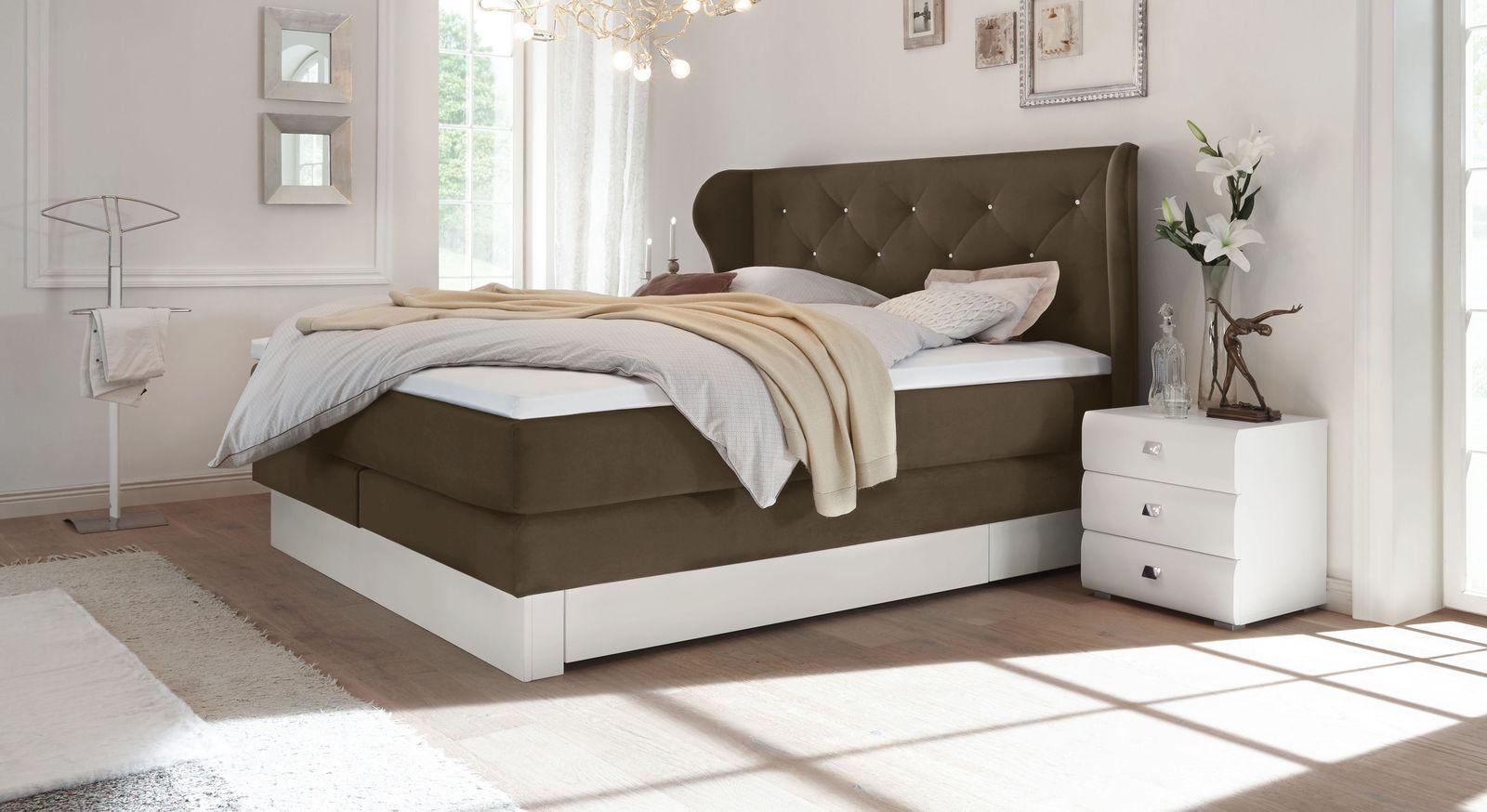 schubkasten boxspringbett samtbezug mit swarovskisteinen belica. Black Bedroom Furniture Sets. Home Design Ideas