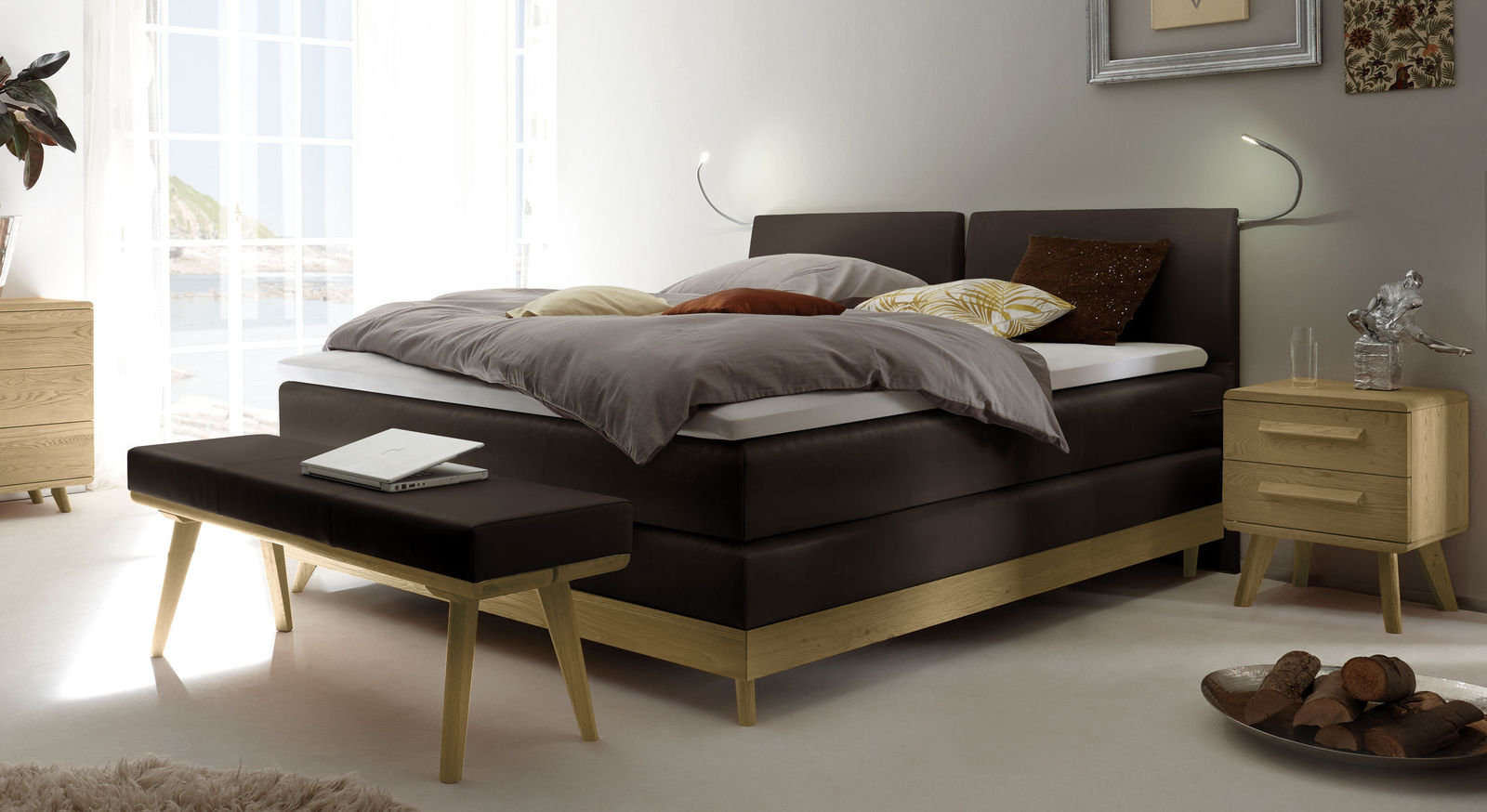 boxspringbett im mid century stil mit gew blten kopfteil binga. Black Bedroom Furniture Sets. Home Design Ideas