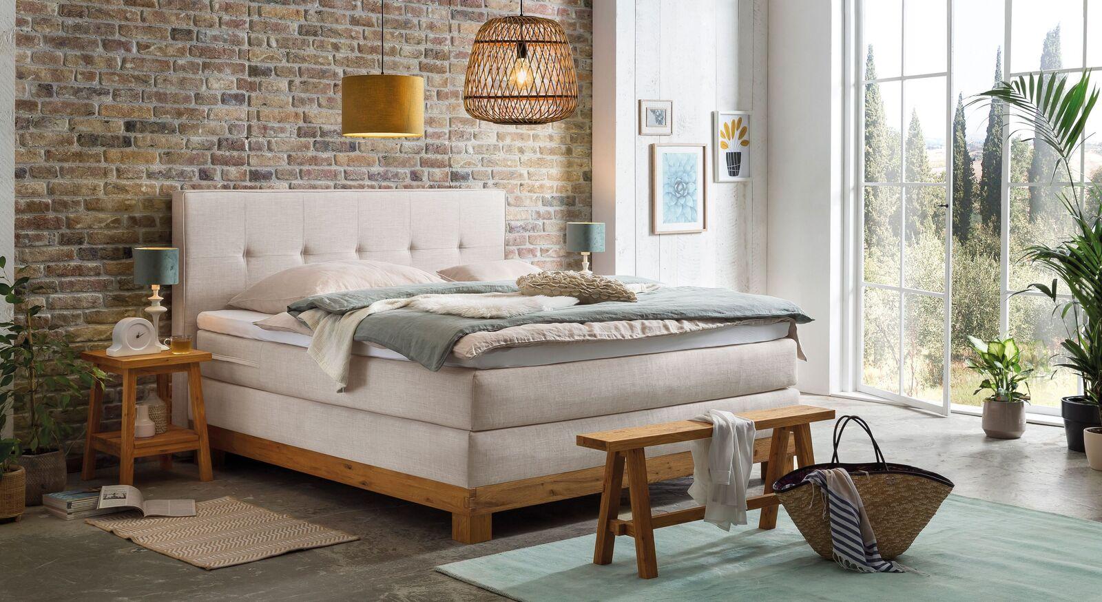 Passende Schlafzimmermöbel zum Bett Darius