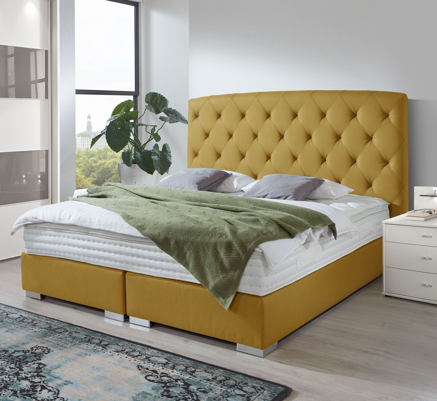 boxspringbett in chesterfield optik made in germany gainesville. Black Bedroom Furniture Sets. Home Design Ideas