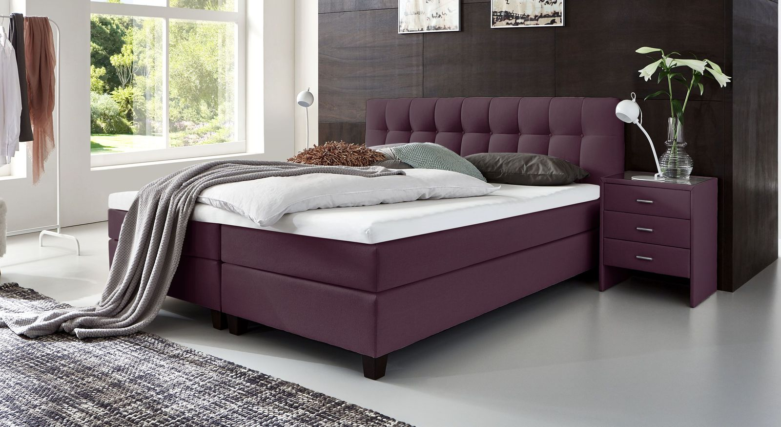 53 cm hohes Boxspringbett Luciano aus Webstoff in Beere