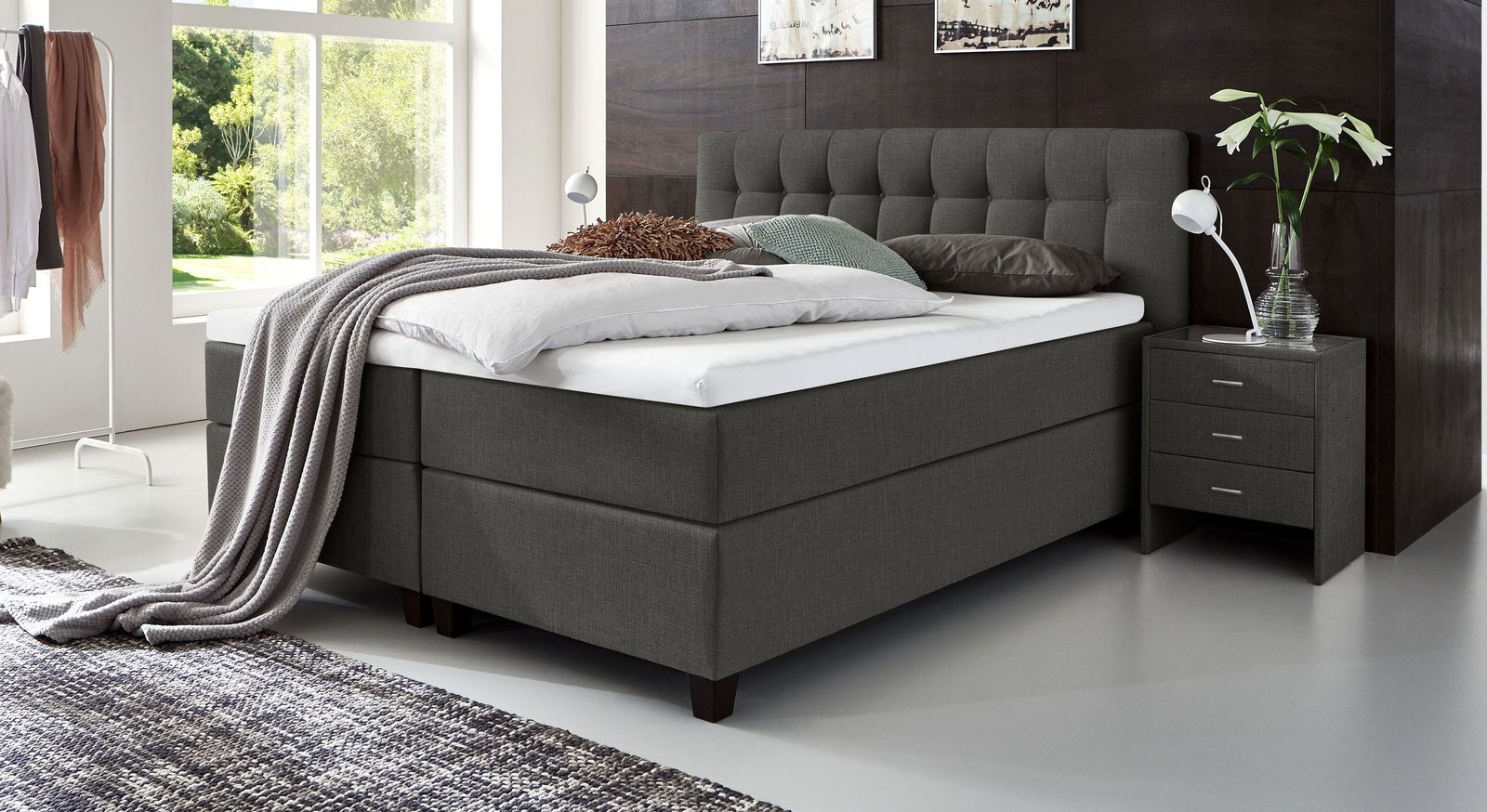 66 cm hohes Boxspringbett Luciano aus meliertem Webstoff in Anthrazit