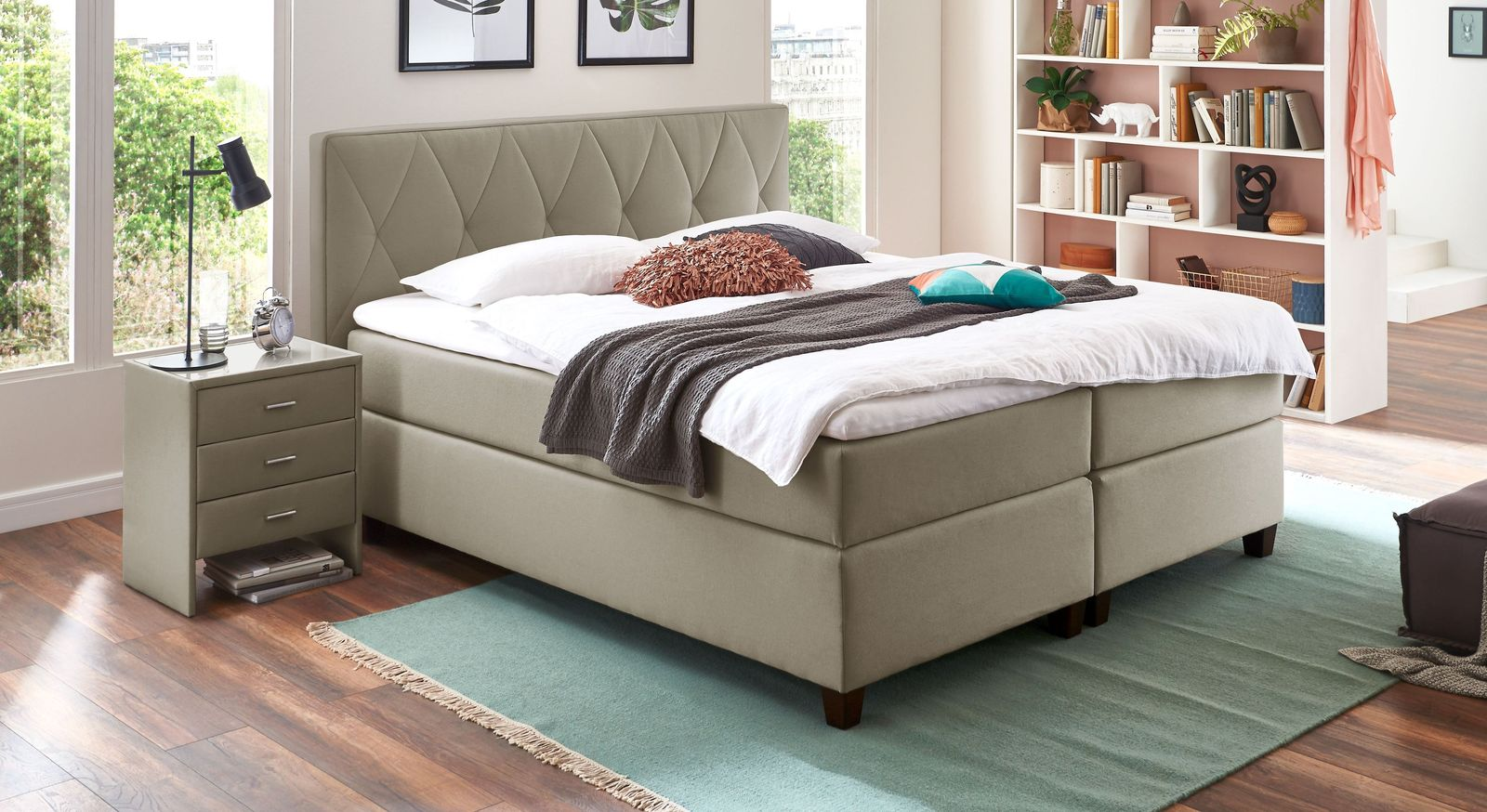 66 cm hohes Boxspringbett Midway in Taupe