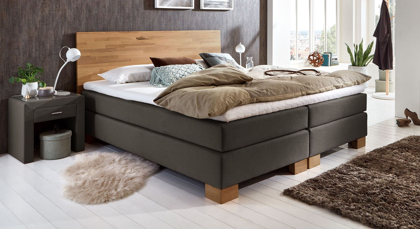 designer boxspringbett mit massivholz kopfteil peachland. Black Bedroom Furniture Sets. Home Design Ideas