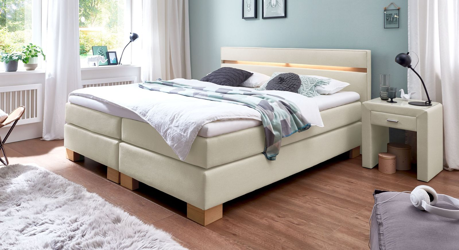 53 cm hohes Boxspringbett Vincenzo aus Webstoff in Creme