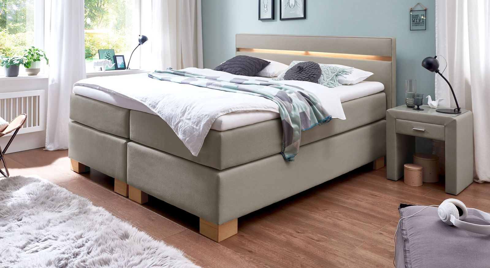66 cm hohes Boxspringbett Vincenzo aus Webstoff in Taupe