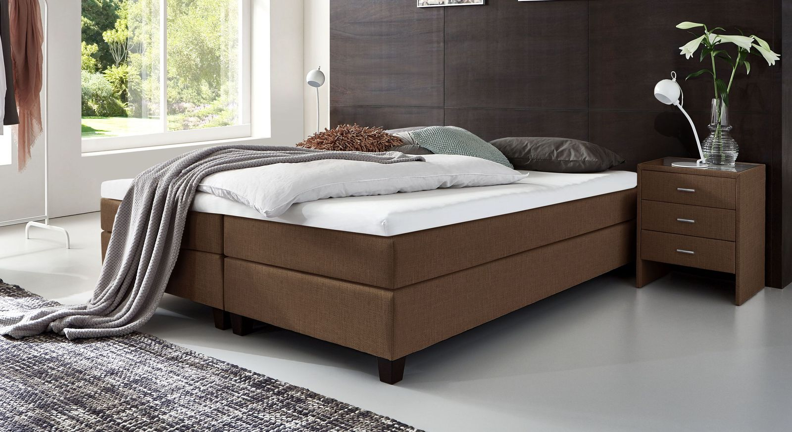 53 cm hohe Boxspringliege Luciano aus meliertem Webstoff in Braun
