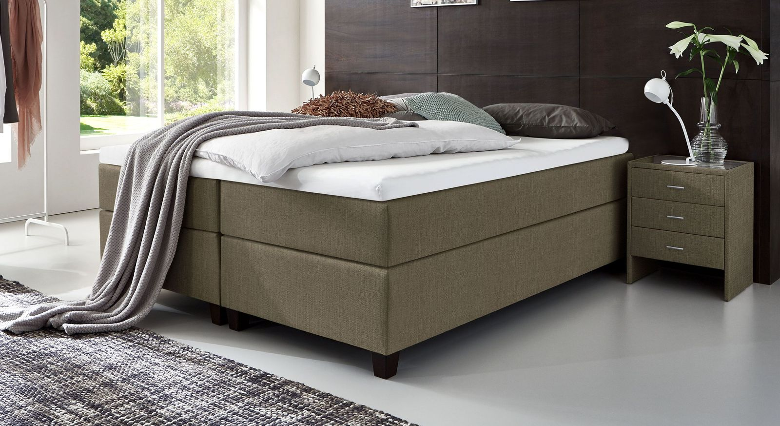 66 cm hohe Boxspringliege Luciano aus meliertem Webstoff in Graubraun