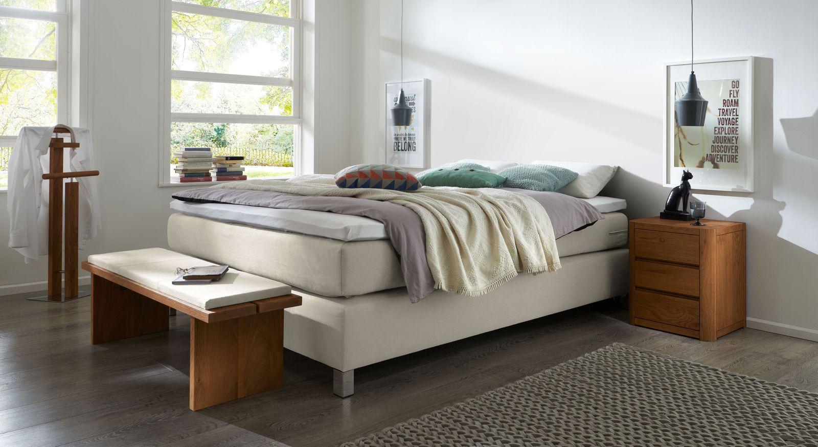 Boxspringliege Paguera mit passenden Schlafzimmermöbeln