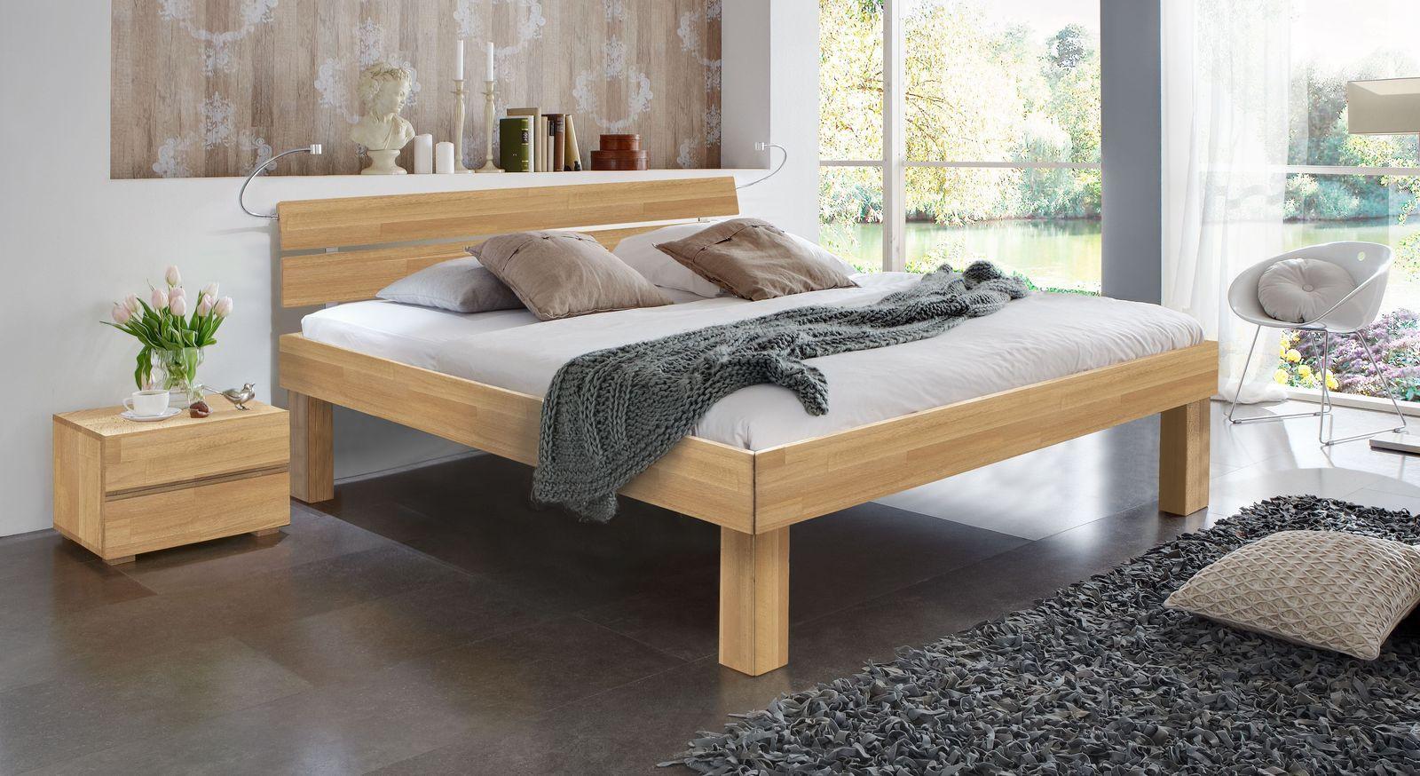 Doppelbett Madrid Komfort aus Buche natur in 30 cm Höhe